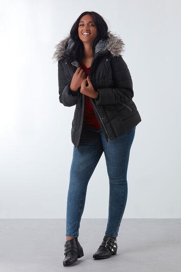 Manteau matelassé avec col en fausse fourrure