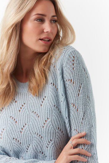 Pull-over pointelle